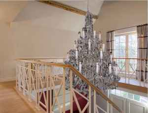 Marcottestyle-crystal-chandelier-hal