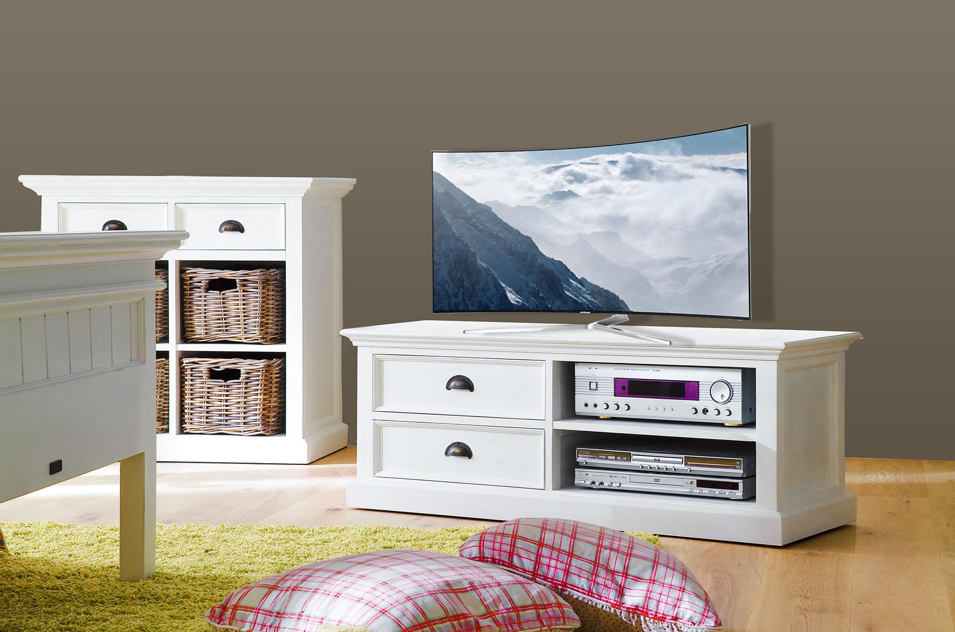 Lage Tv Kast : Tv kast in landelijke stijl uit de collectie van marcottestyle